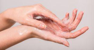 chemia domowa a dłonie