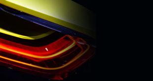 światło auta hybrydowego