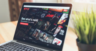monitor laptopa netflix