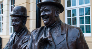 Laurel i Hardy rzeźba